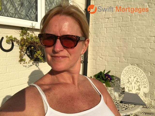 😎It was a lovely sunny weekend.  🌞As I'm a bit of a sun worshipper, I sat in it for a few hours.   My skin is now a little bit pink 🙈  But sun tan is actually skin damage isn't it?   Prolonged and continual exposure to sun can cause long-term and serious damage.   We get warning signs such as pink skin, soreness and even blisters.  When it comes to damage to our credit scores, we don't really get warning signs.   We can cause serious damage without any obvious signs.   ⚠️A little over-spending on credit cards  ⚠️Dipping into unauthorised overdraft   ⚠️Late payments   ⚠️An unpaid bill   It can all escalate and result in something nasty.   Visible when you look at your credit report.   Something nasty on your report may affect your ability to secure the mortgage you want.   My #TuesdayTip is to BE AWARE of your spending habits.   👀Look at your bank statements  👀Keep an eye on your credit card statements   👀Ensure any credit providers are kept up to date with any changes of address so you never miss bills  💡Like using suntan lotion to protect yourself from burning, make sure you take precautions to protect your credit score too.   📞For help in understanding your credit report, get in touch x  #SwiftMortgages #SwiftMortgagesandFinance #Tuesday #TopTip #Creditreport #Beware #Sunburn #danger #protection #protectionmatters